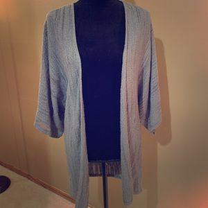 Grey open short-sleeve sweater M